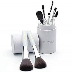 Lee más sobre el artículo Brochas de Maquillaje
